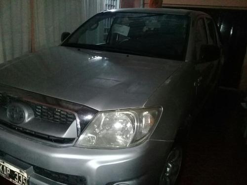 Toyota Hilux 2.5 Cover Cs Dx I 120cv 4x2 Cerrada 2011