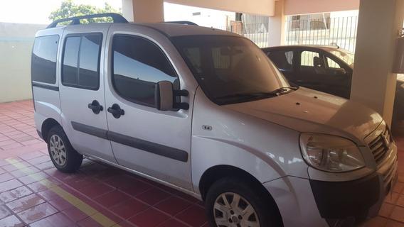 Fiat Doblo Attractive 1.4 Flex 2011/12 (5 Lugares) 36.300km