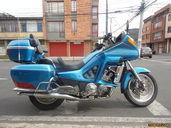 Yamaha Venture 1300