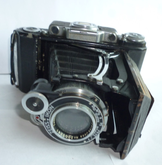 Câmera Fotográfica Zeiss Ikon No Estado Com O Estojo