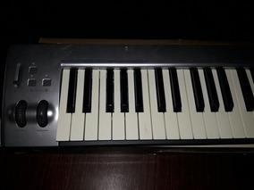 Teclado Controlador M-audio. De Studio