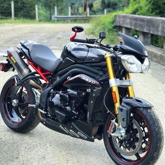 Triumph Speed Triple R, Edición Especial Negra 2013,