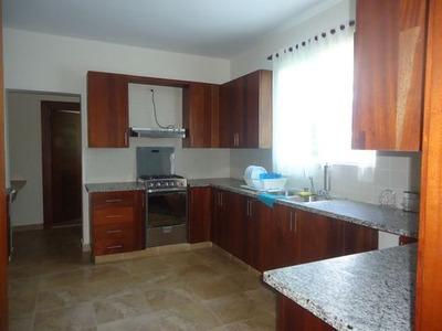 Hermoso Apartamento De Renta Amueblado En Cerro De Gurabo
