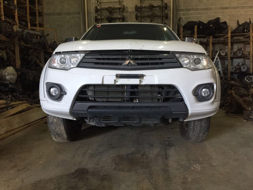 Sucata Retirada Peças Mitsubishi L200 Triton 3.2 Caixa Motor