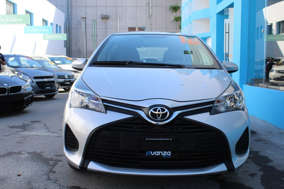 Toyota Yaris Hatchback Core 2016 Estandar