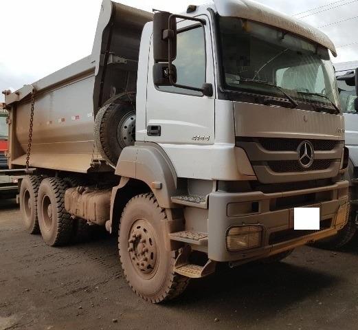 Caminhão Mercedes Axor 4144 6x4, Ano 2018