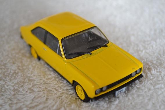 Miniatura Dodge 1800 Se - Escala 1/43