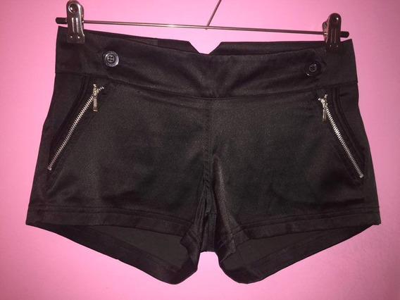 Short Ona Saez Negro Impecable