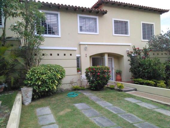 Casa En Venta En El Este Flex 19-948