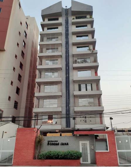 Apartamentos En Venta Urb El Bosque 04243509446