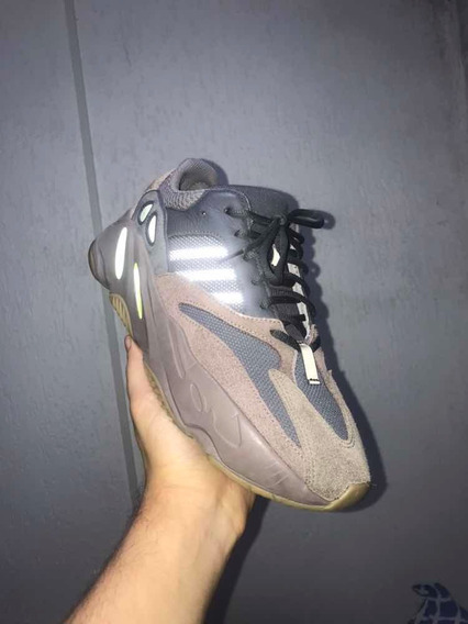 adidas Yeezy Boost 700 - Mauve