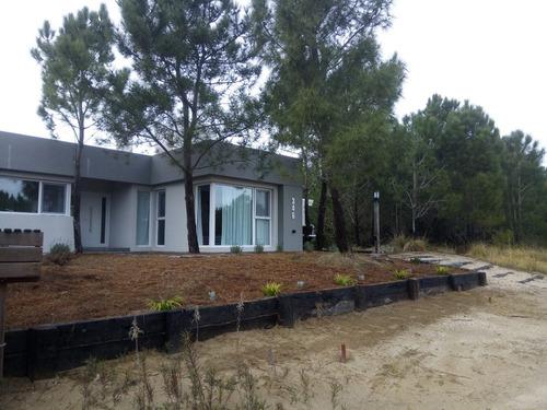 Imagen 1 de 12 de Casa En Alquiler Temporal  Residencial I 346 Costa Esmeralda