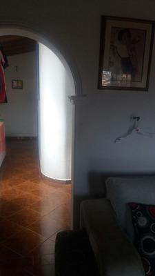 Casa 3 Niveles Con 2 Loc En El Nivel 1, 160mt2
