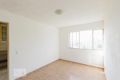 Apartamento No 3º Andar Com 2 Dormitórios E 1 Garagem - Id: 892930148 - 230148