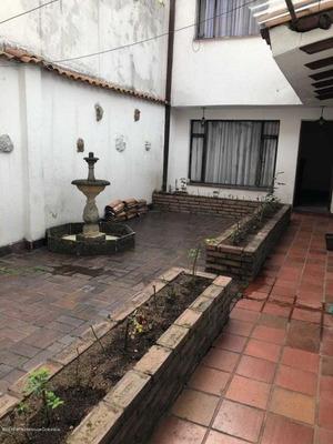 Casa En Santa Barbara Mls19-378coc