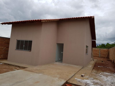 Casa Para Venda Em Caldas Novas, 2 Dormitórios, 1 Banheiro, 1 Vaga - 136