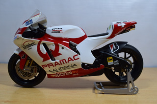 Moto Ducati Desmosedici Gp7
