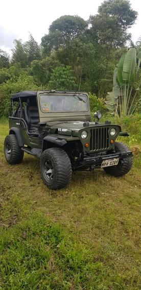 Jeep Willys Capó Bajo
