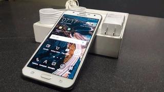 Samsung Galaxy J7 / Duos / Blanco / Accesorios