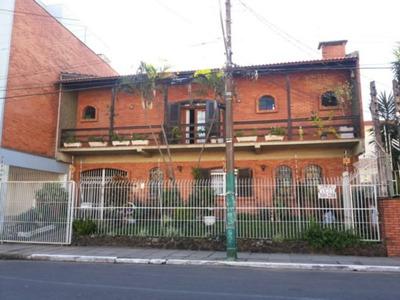 Casa Em Centro Com 3 Dormitórios - Vr19566