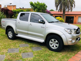 Toyota Hilux 3.0 Cd Srv Tdi 171cv 4x2
