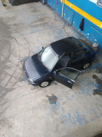 Mazda 121 98 1998
