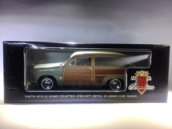 Ford Woody 1949 Marca Motor City Escala 1:18