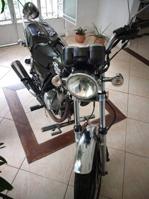 Moto Suzuki Intruder Preta 125 Mod 2016 - Comando Avançado