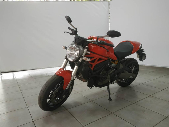Ducati Monster 821c