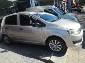 Volkswagen Fox 1.6 Confortline 2011 C/ Gnc