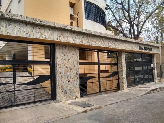 Apartamento En Venta Urb La Soledad, Maracay Zp 20-17437