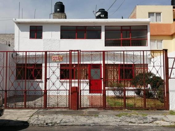 Casa Con 4 Recámaras En Pilares Metepec