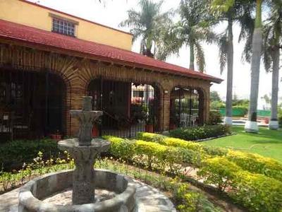 Ideal Casa, Muy Cómoda Y Jardín Espectacular.
