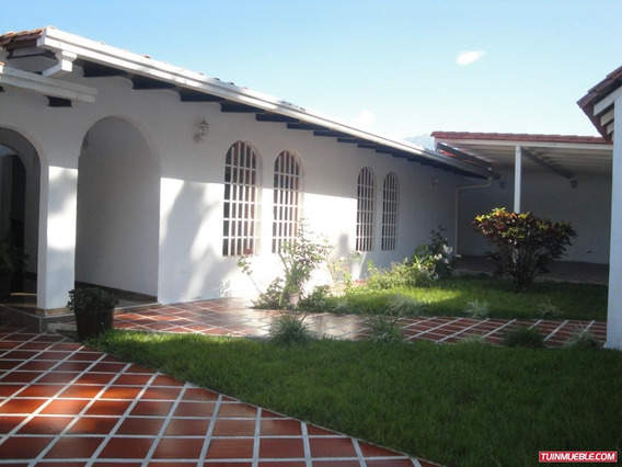 Casa En Venta En Urb. Carrizal B