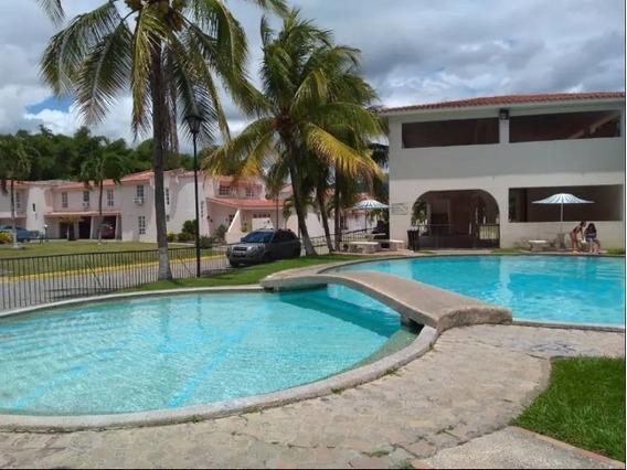 Vende Bello Townhouse (pozo) Mañongo Cod.424059 Surmira