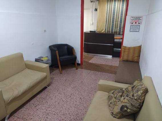Cubículos Para Oficinas, Terapias, O Usos Profesionales