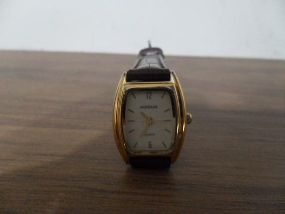 Relógio Pulso Feminino Mondaine Em Plaqué Dourado A Quartz