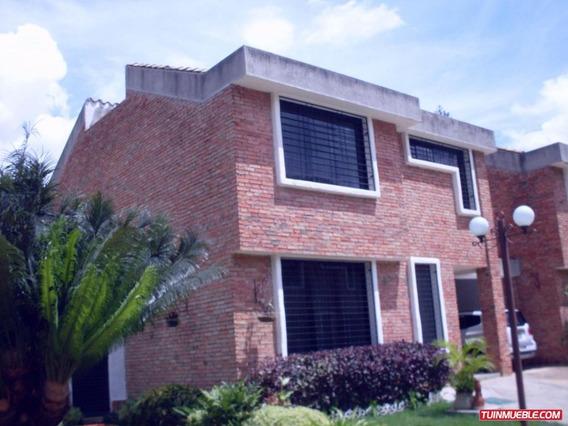 Townhouses En Venta Piedra Pintada Om 19-8369