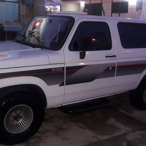 Chevrolet D20 Nevada