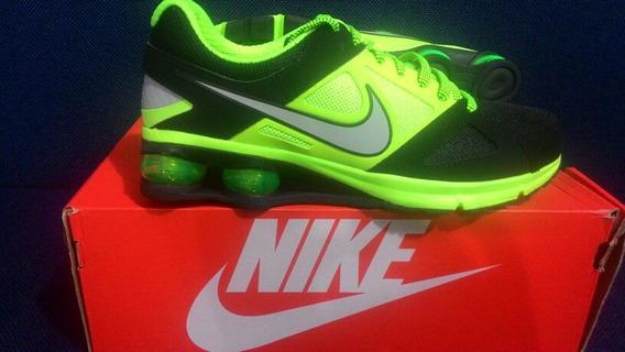 esposa Discriminar doble  Tenis Nike Air Jordan Reveal Shox - Sapatos Tênis com o Melhores Preços no  Mercado Livre Brasil