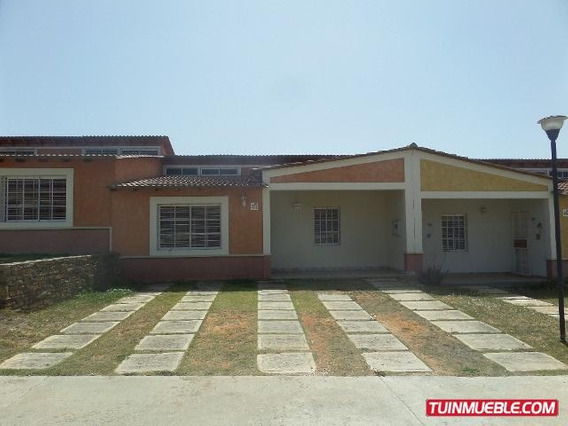 Townhouse En Altos De Maneiro, Isla De Margarita