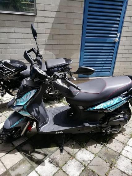 Ganga! Hermosa Moto, Rueda Por La Ciudad Tranquilo. (gps)