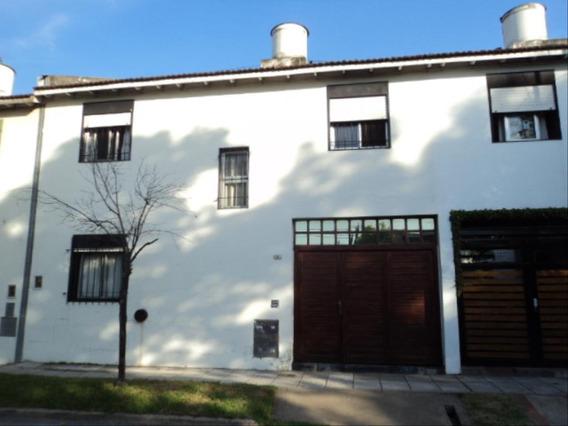 Casa En Alquiler 3 Dormitorios 526 Y 14