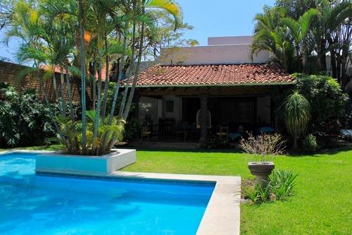 Casa Sola En Sumiya / Jiutepec - Roq-396-cs