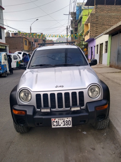 Jeep Cherokee Sport 2002 4x4 2.5c.