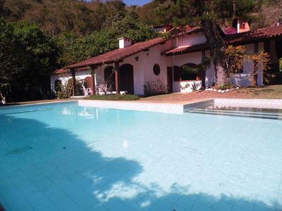 Aconchegante Casa 240 M² De Área Construída,excelente Localização E Muita Tranquilidade. - D4871