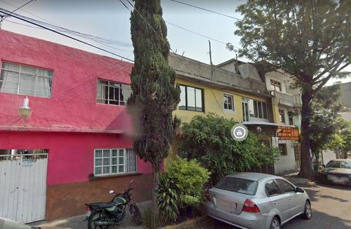 Imagen 1 de 10 de Hermosa Casa Muy Cerca De Preparatoria 3 Unam