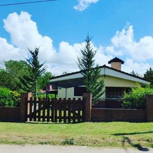 Imagen 1 de 11 de Vendo Casa Con Pileta En Villa General Belgrano Pcia.córdoba