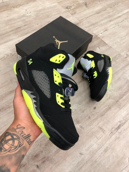 Nike * Air Jordan 5 * Importados * Made Vietnam * Caballeros