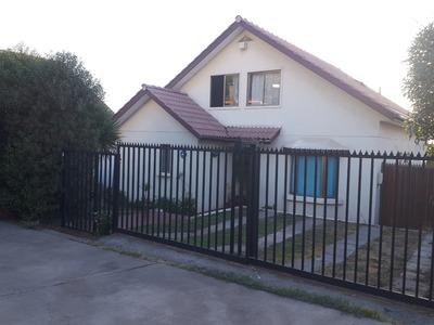 Preciosa Casa Asilada De 425 Mts2 Alto Macul 9300 Ufs.